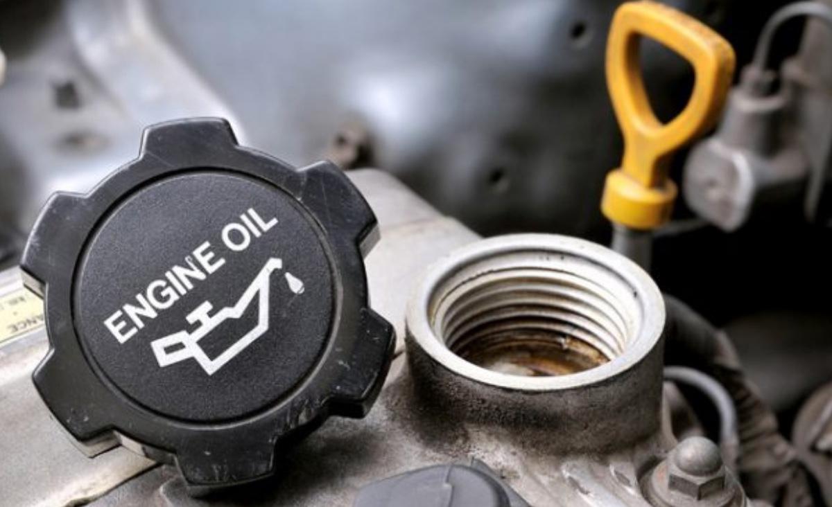 Car Motor/Engine Oil Change Service in Uganda