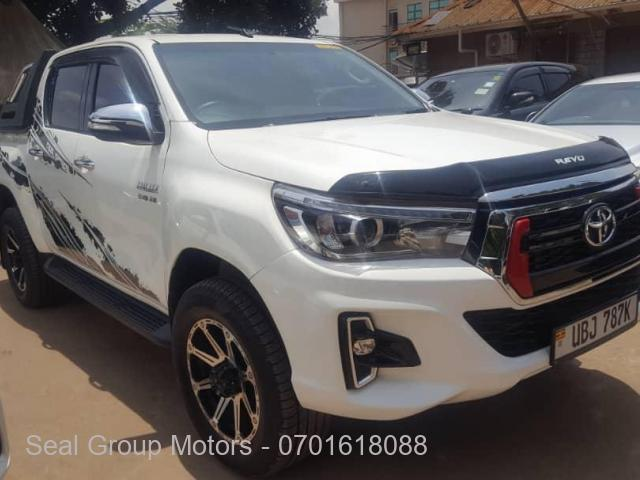 2018 Toyota Hilux Pickup Truck - 1